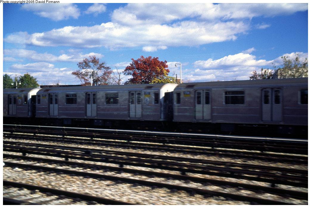 (198k, 1044x697)<br><b>Country:</b> United States<br><b>City:</b> New York<br><b>System:</b> New York City Transit<br><b>Location:</b> Unionport Yard<br><b>Car:</b> R-62A (Bombardier, 1984-1987)  1707 <br><b>Photo by:</b> David Pirmann<br><b>Date:</b> 12/5/1999<br><b>Viewed (this week/total):</b> 2 / 3267