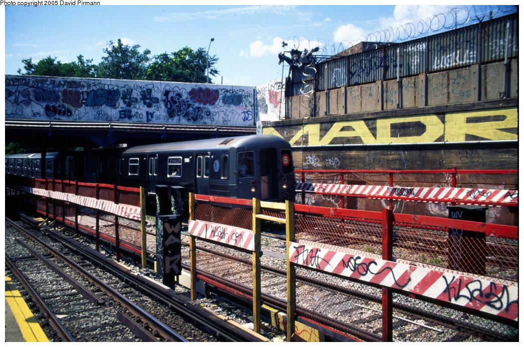 (301k, 1044x692)<br><b>Country:</b> United States<br><b>City:</b> New York<br><b>System:</b> New York City Transit<br><b>Line:</b> BMT Sea Beach Line<br><b>Location:</b> 8th Avenue <br><b>Route:</b> B<br><b>Car:</b> R-68A (Kawasaki, 1988-1989)  5184 <br><b>Photo by:</b> David Pirmann<br><b>Date:</b> 7/8/1999<br><b>Viewed (this week/total):</b> 0 / 3918