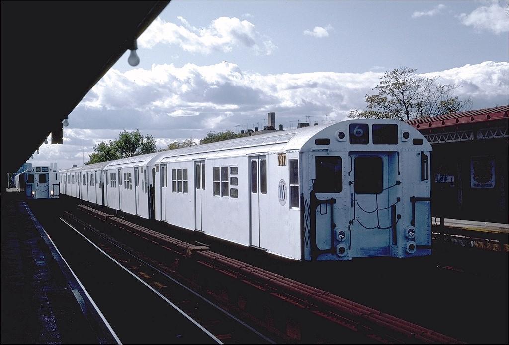 (180k, 1024x694)<br><b>Country:</b> United States<br><b>City:</b> New York<br><b>System:</b> New York City Transit<br><b>Line:</b> IRT Pelham Line<br><b>Location:</b> Westchester Square <br><b>Route:</b> 6<br><b>Car:</b> R-28 (American Car & Foundry, 1960-61) 7877 <br><b>Photo by:</b> Steve Zabel<br><b>Collection of:</b> Joe Testagrose<br><b>Date:</b> 10/16/1982<br><b>Viewed (this week/total):</b> 0 / 3859