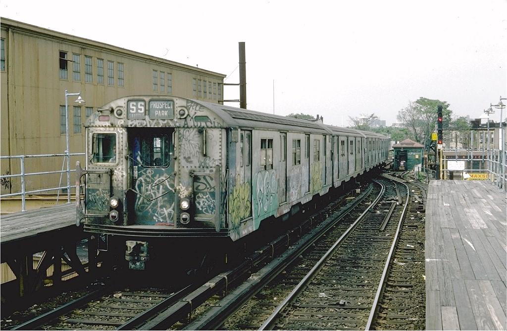 (219k, 1024x670)<br><b>Country:</b> United States<br><b>City:</b> New York<br><b>System:</b> New York City Transit<br><b>Line:</b> BMT Franklin<br><b>Location:</b> Dean Street <br><b>Route:</b> Franklin Shuttle<br><b>Car:</b> R-30 (St. Louis, 1961) 8297 <br><b>Photo by:</b> Steve Zabel<br><b>Collection of:</b> Joe Testagrose<br><b>Date:</b> 6/10/1982<br><b>Viewed (this week/total):</b> 1 / 6470