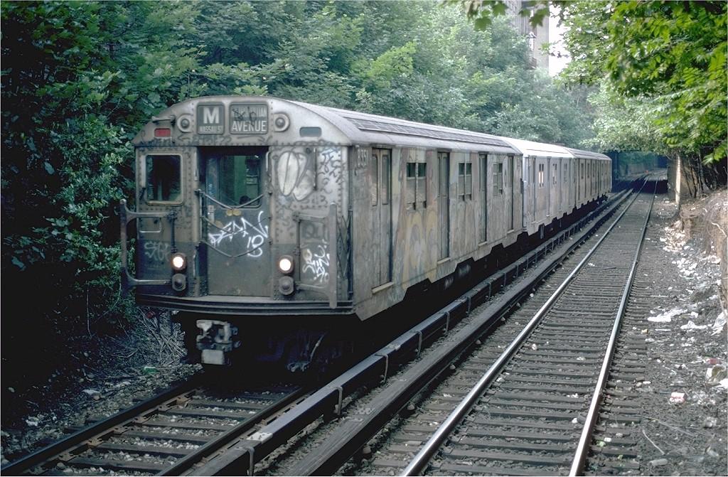 (277k, 1024x671)<br><b>Country:</b> United States<br><b>City:</b> New York<br><b>System:</b> New York City Transit<br><b>Line:</b> BMT Franklin<br><b>Location:</b> Botanic Garden <br><b>Route:</b> Franklin Shuttle<br><b>Car:</b> R-30 (St. Louis, 1961) 8351 <br><b>Photo by:</b> Steve Zabel<br><b>Collection of:</b> Joe Testagrose<br><b>Date:</b> 7/4/1982<br><b>Viewed (this week/total):</b> 0 / 4170