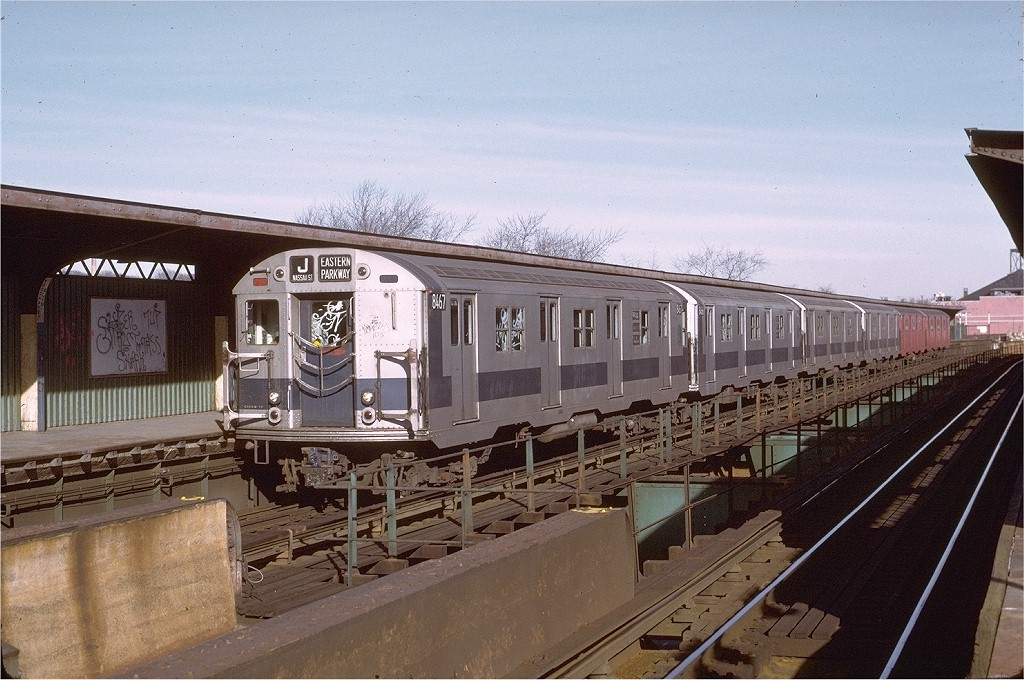(215k, 1024x680)<br><b>Country:</b> United States<br><b>City:</b> New York<br><b>System:</b> New York City Transit<br><b>Line:</b> BMT Nassau Street/Jamaica Line<br><b>Location:</b> Woodhaven Boulevard <br><b>Route:</b> J<br><b>Car:</b> R-30 (St. Louis, 1961) 8467 <br><b>Photo by:</b> Joe Testagrose<br><b>Date:</b> 1/21/1973<br><b>Viewed (this week/total):</b> 0 / 2787