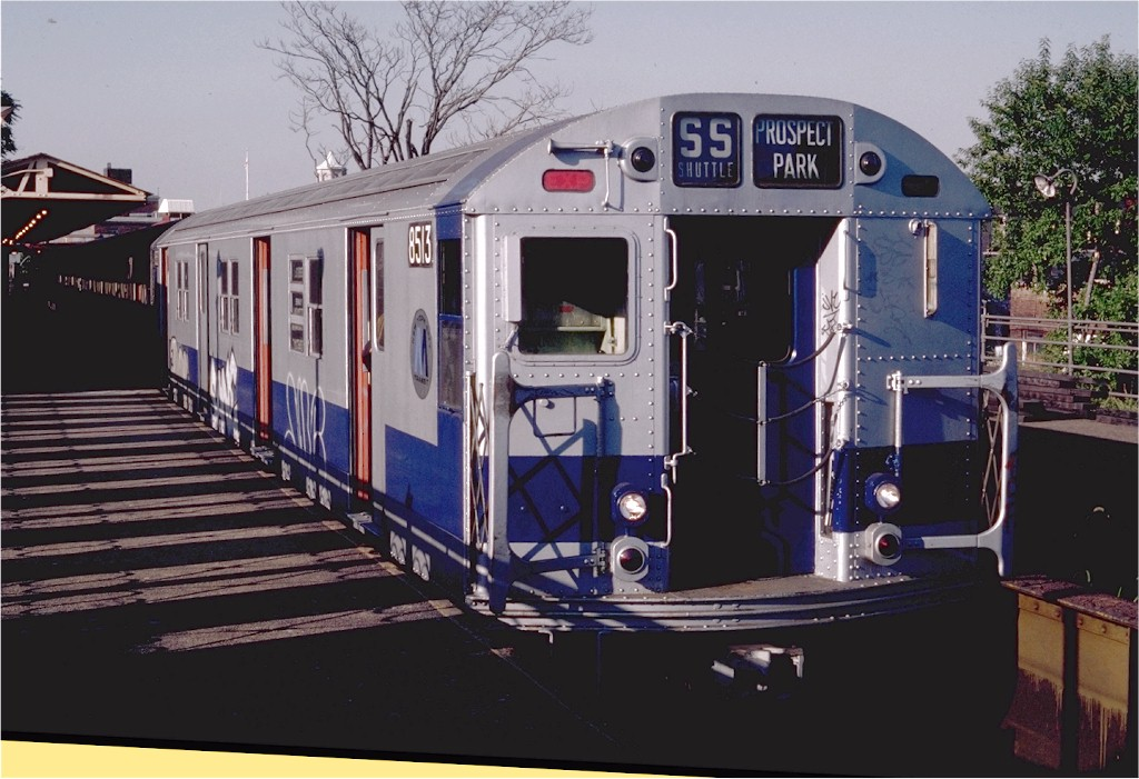 (187k, 1024x701)<br><b>Country:</b> United States<br><b>City:</b> New York<br><b>System:</b> New York City Transit<br><b>Line:</b> BMT Franklin<br><b>Location:</b> Franklin Avenue <br><b>Route:</b> Franklin Shuttle<br><b>Car:</b> R-30 (St. Louis, 1961) 8513 <br><b>Photo by:</b> Steve Zabel<br><b>Collection of:</b> Joe Testagrose<br><b>Date:</b> 9/19/1982<br><b>Viewed (this week/total):</b> 13 / 3500
