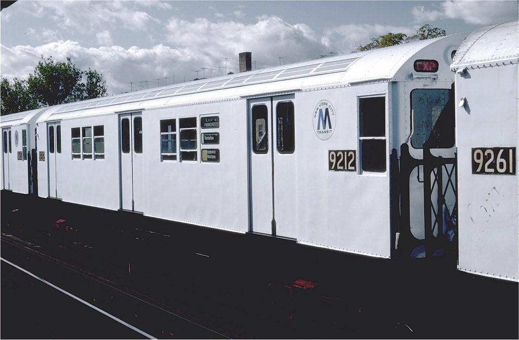 (146k, 1024x672)<br><b>Country:</b> United States<br><b>City:</b> New York<br><b>System:</b> New York City Transit<br><b>Line:</b> IRT Pelham Line<br><b>Location:</b> Westchester Square <br><b>Route:</b> 6<br><b>Car:</b> R-33 Main Line (St. Louis, 1962-63) 9212 <br><b>Photo by:</b> Steve Zabel<br><b>Collection of:</b> Joe Testagrose<br><b>Date:</b> 10/16/1982<br><b>Viewed (this week/total):</b> 2 / 2307