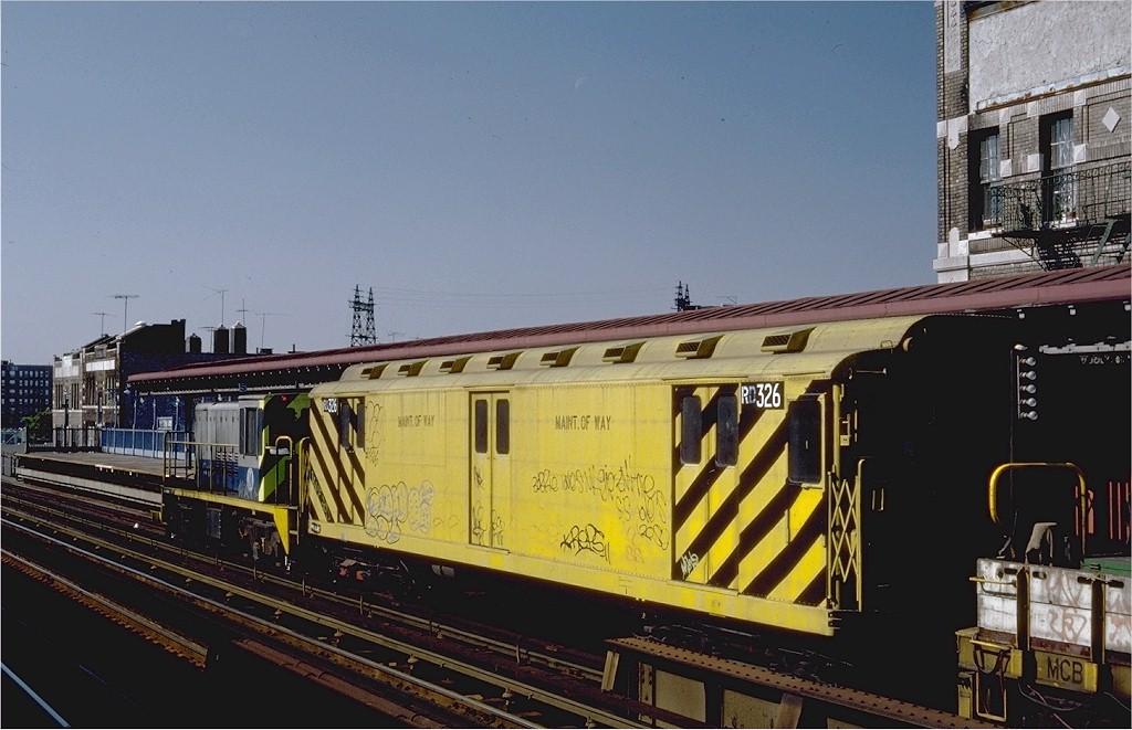 (178k, 1024x661)<br><b>Country:</b> United States<br><b>City:</b> New York<br><b>System:</b> New York City Transit<br><b>Line:</b> IRT Pelham Line<br><b>Location:</b> Elder Avenue <br><b>Route:</b> Work Service<br><b>Car:</b> R-71 Rider Car (R-17/R-21/R-22 Rebuilds)  RD326 (ex-5831)<br><b>Photo by:</b> Steve Zabel<br><b>Collection of:</b> Joe Testagrose<br><b>Date:</b> 10/10/1982<br><b>Viewed (this week/total):</b> 0 / 1972