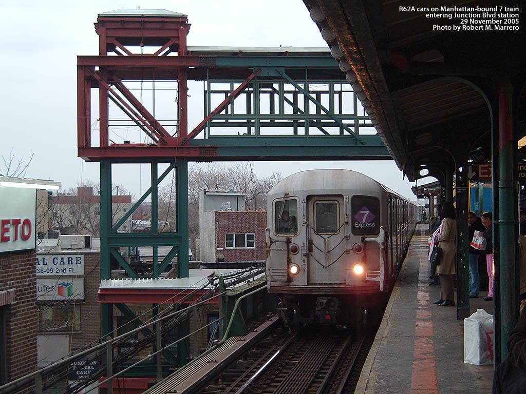 (196k, 1024x768)<br><b>Country:</b> United States<br><b>City:</b> New York<br><b>System:</b> New York City Transit<br><b>Line:</b> IRT Flushing Line<br><b>Location:</b> Junction Boulevard <br><b>Car:</b> R-62A (Bombardier, 1984-1987)   <br><b>Photo by:</b> Robert Marrero<br><b>Date:</b> 11/29/2005<br><b>Notes:</b> New ADA elevator tower under construction.<br><b>Viewed (this week/total):</b> 0 / 3154