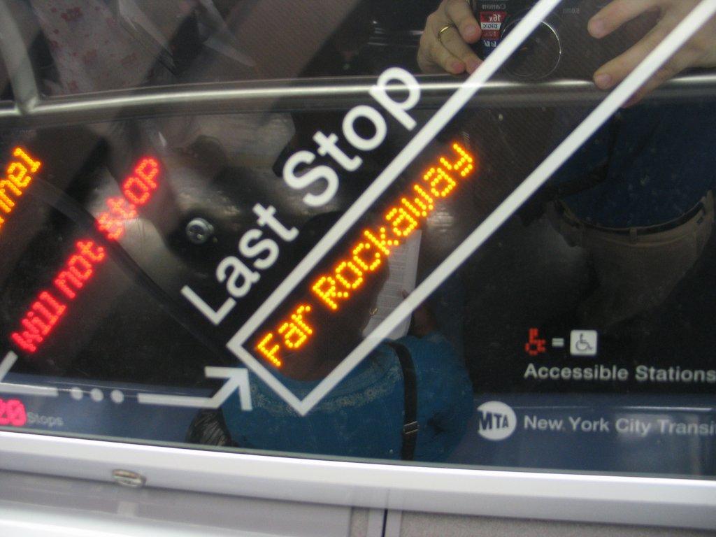 (109k, 1024x768)<br><b>Country:</b> United States<br><b>City:</b> New York<br><b>System:</b> New York City Transit<br><b>Line:</b> IND Fulton Street Line<br><b>Location:</b> Hoyt-Schermerhorn Street <br><b>Car:</b> R-160B (Kawasaki, 2005-2008)  8713 <br><b>Photo by:</b> Brian Weinberg<br><b>Date:</b> 11/29/2005<br><b>Notes:</b> The FIND (Flexible Information and Notice Display) close up of the LED strip map.<br><b>Viewed (this week/total):</b> 12 / 5854