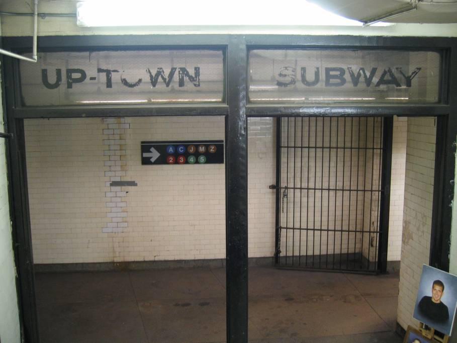 (67k, 909x682)<br><b>Country:</b> United States<br><b>City:</b> New York<br><b>System:</b> New York City Transit<br><b>Line:</b> IRT West Side Line<br><b>Location:</b> Fulton Street <br><b>Photo by:</b> Robbie Rosenfeld<br><b>Date:</b> 11/23/2005<br><b>Notes:</b> Station entrance.<br><b>Viewed (this week/total):</b> 0 / 4271
