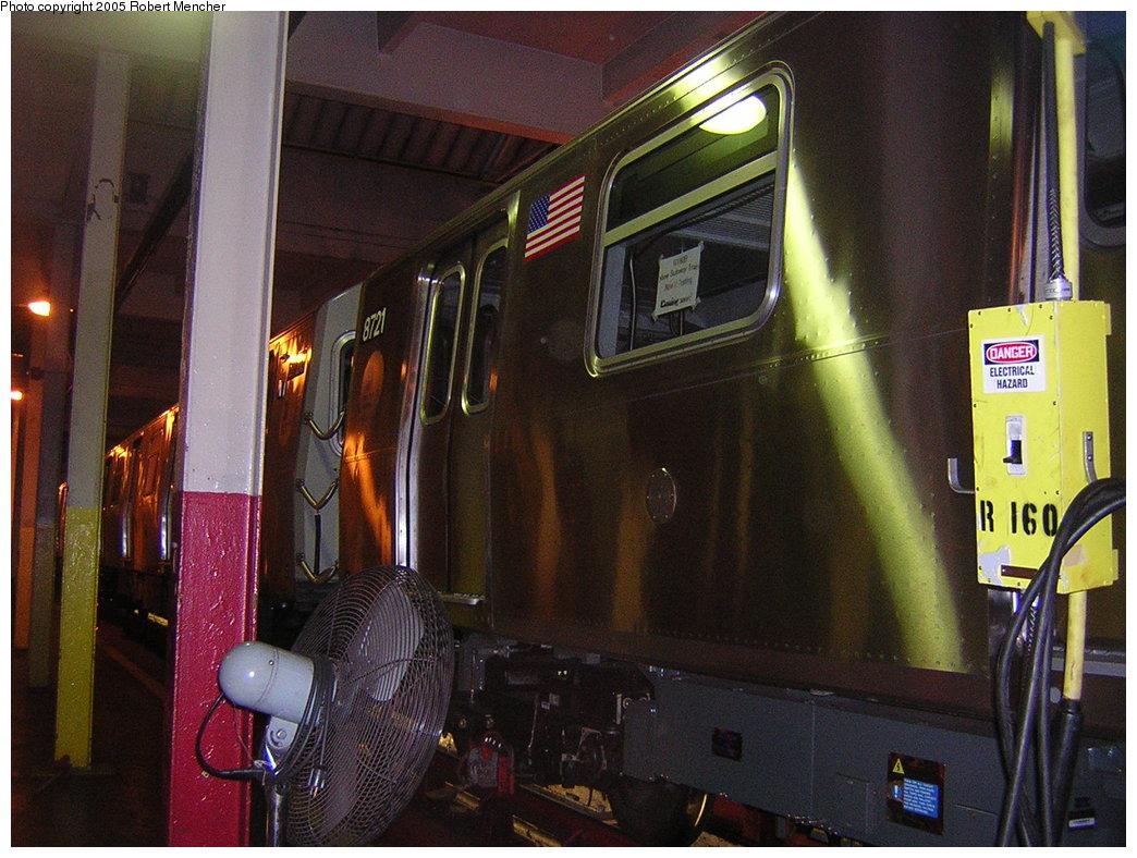 (223k, 1044x788)<br><b>Country:</b> United States<br><b>City:</b> New York<br><b>System:</b> New York City Transit<br><b>Location:</b> Pitkin Yard/Shops<br><b>Car:</b> R-160B (Kawasaki, 2005-2008)  8721 <br><b>Photo by:</b> Robert Mencher<br><b>Date:</b> 12/8/2005<br><b>Viewed (this week/total):</b> 1 / 3547