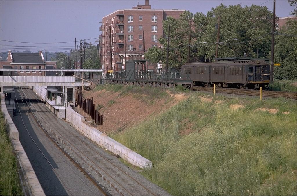 (250k, 1024x675)<br><b>Country:</b> United States<br><b>City:</b> New York<br><b>System:</b> New York City Transit<br><b>Line:</b> SIRT<br><b>Location:</b> Grant City <br><b>Car:</b> SIRT ME-1 (Motor) 346 <br><b>Photo by:</b> Doug Grotjahn<br><b>Collection of:</b> Joe Testagrose<br><b>Date:</b> 6/30/1968<br><b>Viewed (this week/total):</b> 0 / 5360