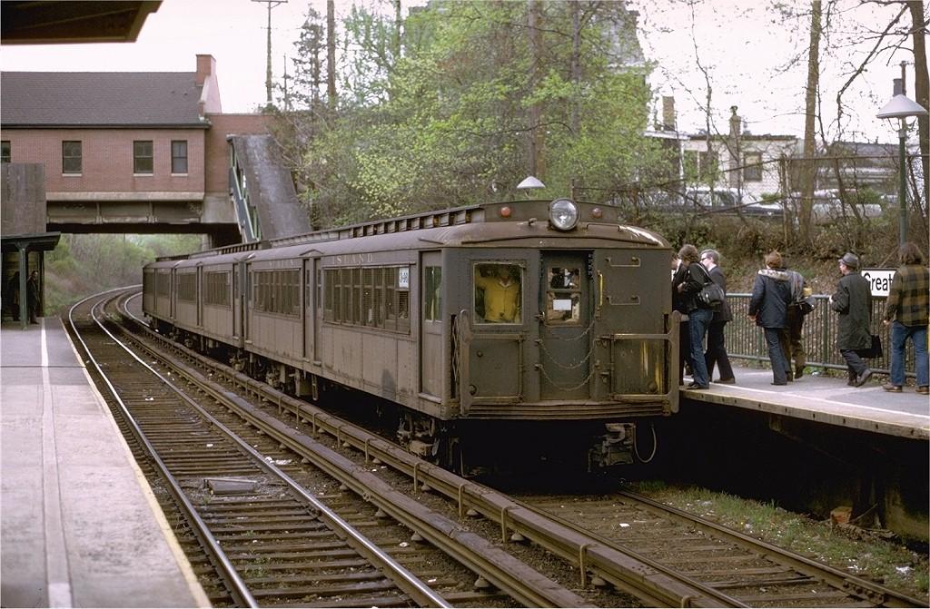(246k, 1024x671)<br><b>Country:</b> United States<br><b>City:</b> New York<br><b>System:</b> New York City Transit<br><b>Line:</b> SIRT<br><b>Location:</b> Great Kills <br><b>Route:</b> Fan Trip<br><b>Car:</b> SIRT ME-1 (Motor) 346 <br><b>Photo by:</b> Joe Testagrose<br><b>Date:</b> 4/28/1973<br><b>Viewed (this week/total):</b> 4 / 4217