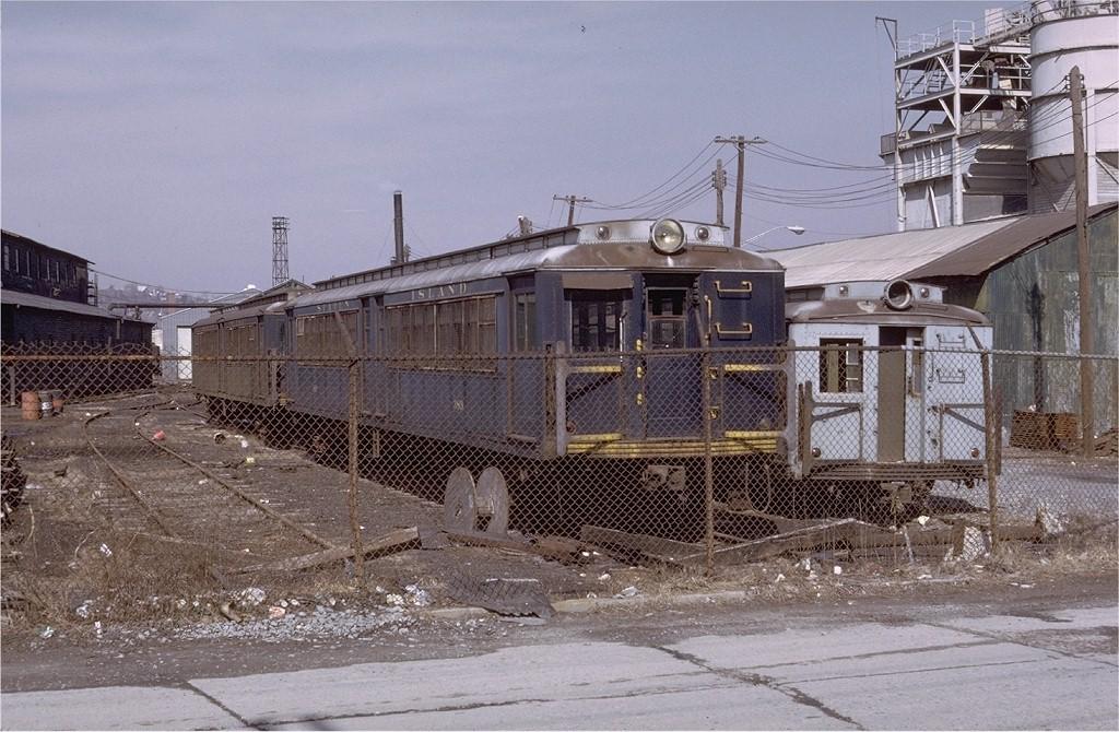 (231k, 1024x670)<br><b>Country:</b> United States<br><b>City:</b> New York<br><b>System:</b> New York City Transit<br><b>Line:</b> SIRT<br><b>Location:</b> Clifton Yard/Shops <br><b>Car:</b> SIRT ME-1 (Motor) 389 <br><b>Photo by:</b> Doug Grotjahn<br><b>Collection of:</b> Joe Testagrose<br><b>Date:</b> 3/4/1972<br><b>Viewed (this week/total):</b> 0 / 4480