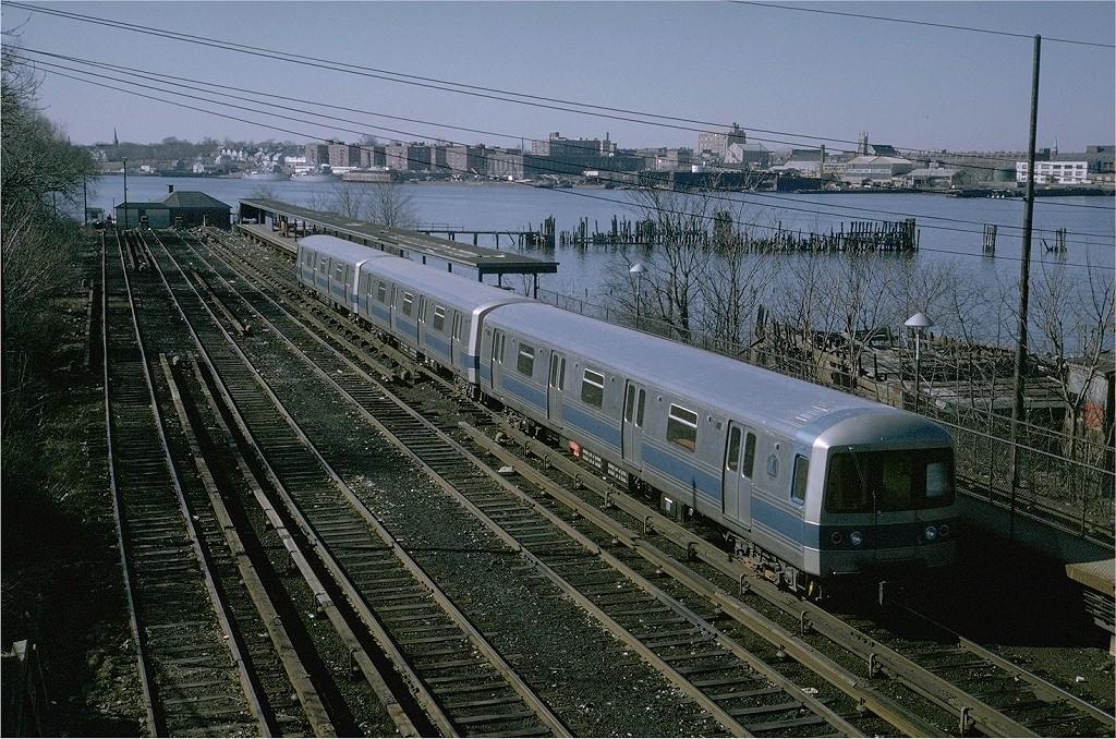 (299k, 1024x678)<br><b>Country:</b> United States<br><b>City:</b> New York<br><b>System:</b> New York City Transit<br><b>Line:</b> SIRT<br><b>Location:</b> Tottenville <br><b>Car:</b> R-44 SIRT (St. Louis, 1971-1973) 408 <br><b>Photo by:</b> Steve Zabel<br><b>Collection of:</b> Joe Testagrose<br><b>Date:</b> 2/12/1973<br><b>Viewed (this week/total):</b> 0 / 5729