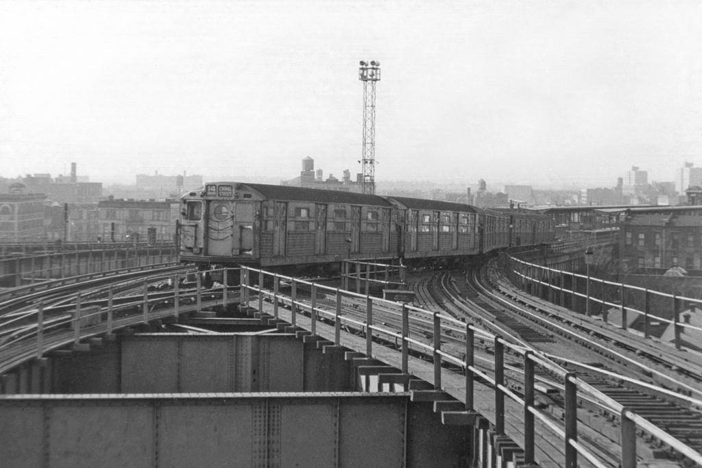 (258k, 1044x697)<br><b>Country:</b> United States<br><b>City:</b> New York<br><b>System:</b> New York City Transit<br><b>Line:</b> BMT Canarsie Line<br><b>Location:</b> Broadway Junction <br><b>Car:</b> R-11 (Budd, 1949)  <br><b>Collection of:</b> David Pirmann<br><b>Viewed (this week/total):</b> 1 / 3914