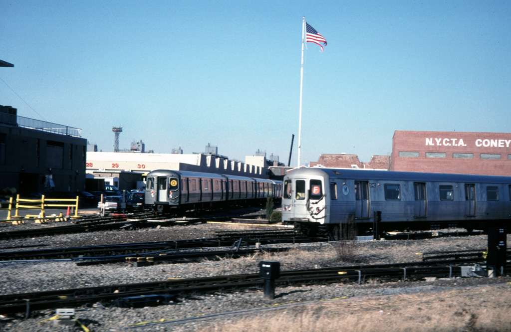 (240k, 1024x666)<br><b>Country:</b> United States<br><b>City:</b> New York<br><b>System:</b> New York City Transit<br><b>Location:</b> Coney Island Yard<br><b>Car:</b> R-46 (Pullman-Standard, 1974-75) 5742 <br><b>Photo by:</b> Chris Leverett<br><b>Date:</b> 12/8/1996<br><b>Viewed (this week/total):</b> 0 / 3469
