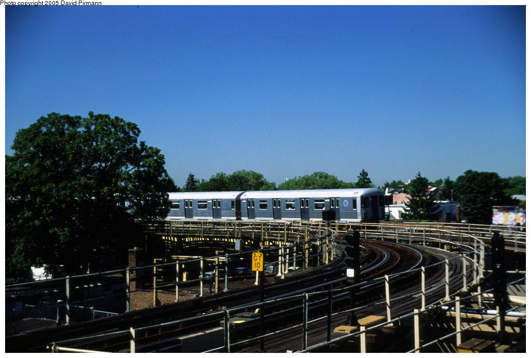 (183k, 1044x703)<br><b>Country:</b> United States<br><b>City:</b> New York<br><b>System:</b> New York City Transit<br><b>Line:</b> BMT Nassau Street/Jamaica Line<br><b>Location:</b> Cypress Hills <br><b>Route:</b> J<br><b>Car:</b> R-42 (St. Louis, 1969-1970)  4779 <br><b>Photo by:</b> David Pirmann<br><b>Date:</b> 8/1/1998<br><b>Viewed (this week/total):</b> 0 / 2791