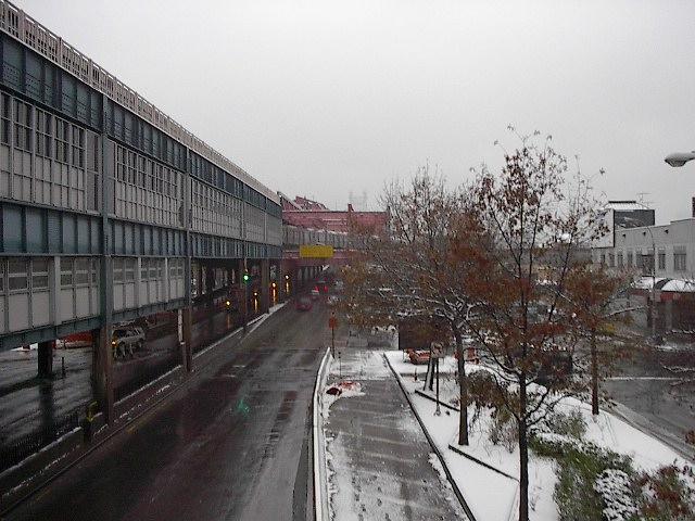 (95k, 640x480)<br><b>Country:</b> United States<br><b>City:</b> New York<br><b>System:</b> New York City Transit<br><b>Location:</b> Queensborough Plaza <br><b>Photo by:</b> Bruce Fedow<br><b>Date:</b> 12/4/2005<br><b>Notes:</b> View of north side of Queensborough Plz.<br><b>Viewed (this week/total):</b> 0 / 2959