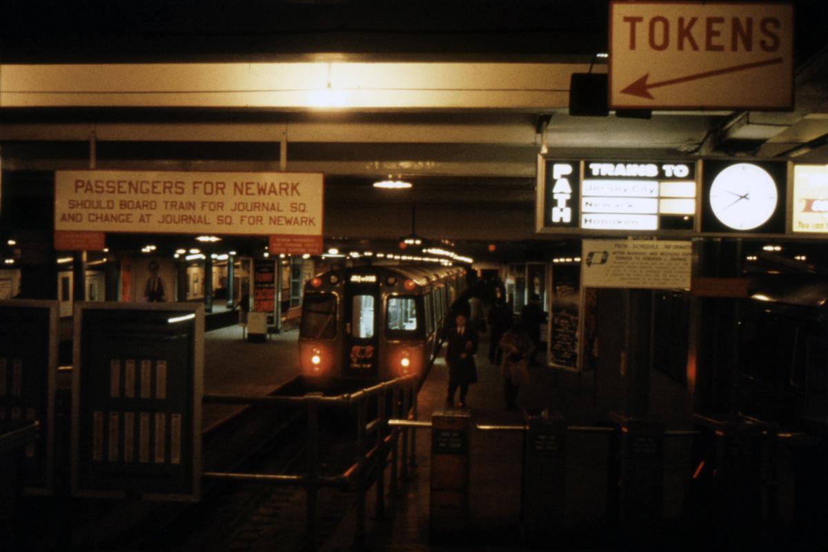 (339k, 1024x683)<br><b>Country:</b> United States<br><b>City:</b> New York<br><b>System:</b> PATH<br><b>Location:</b> 33rd Street <br><b>Car:</b> PATH PA  <br><b>Photo by:</b> A.W. Koster<br><b>Collection of:</b> David Pirmann<br><b>Viewed (this week/total):</b> 0 / 5030