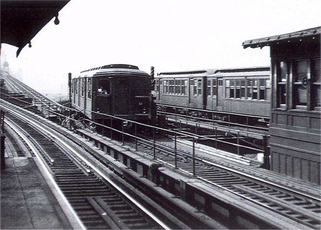 (212k, 1024x734)<br><b>Country:</b> United States<br><b>City:</b> New York<br><b>System:</b> New York City Transit<br><b>Line:</b> BMT Astoria Line<br><b>Location:</b> Queensborough Plaza <br><b>Car:</b> BMT A/B-Type Standard  <br><b>Collection of:</b> Joe Testagrose<br><b>Date:</b> 1945<br><b>Viewed (this week/total):</b> 0 / 4426