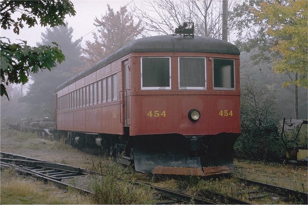 (288k, 1024x680)<br><b>Country:</b> United States<br><b>City:</b> Kennebunk, ME<br><b>System:</b> Seashore Trolley Museum <br><b>Car:</b> Quebec Railway 454 <br><b>Photo by:</b> Joe Testagrose<br><b>Date:</b> 10/10/1970<br><b>Viewed (this week/total):</b> 0 / 1225