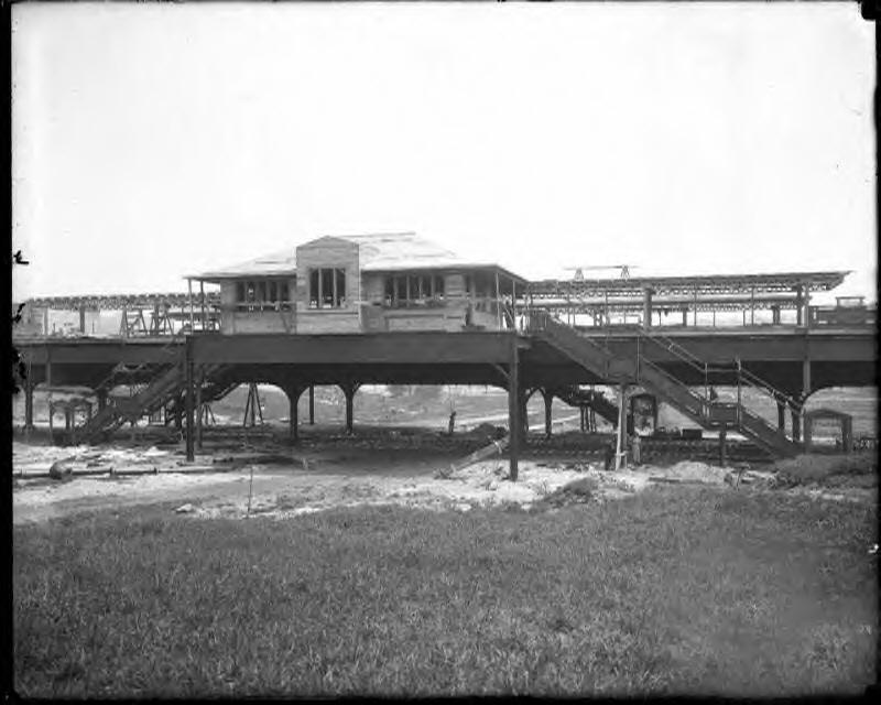 (146k, 800x640)<br><b>Country:</b> United States<br><b>City:</b> New York<br><b>System:</b> New York City Transit<br><b>Line:</b> IRT West Side Line<br><b>Location:</b> 207th Street <br><b>Collection of:</b> Herbert P. Maruska<br><b>Date:</b> 1906<br><b>Viewed (this week/total):</b> 2 / 3060