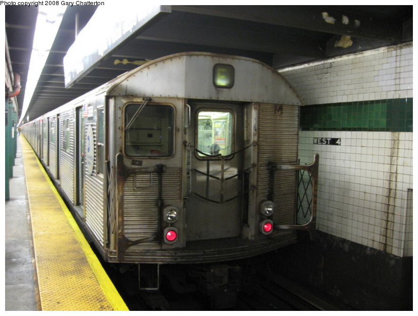 (124k, 820x620)<br><b>Country:</b> United States<br><b>City:</b> New York<br><b>System:</b> New York City Transit<br><b>Line:</b> IND 8th Avenue Line<br><b>Location:</b> West 4th Street/Washington Square <br><b>Route:</b> E<br><b>Car:</b> R-32 (Budd, 1964)  3688 <br><b>Photo by:</b> Gary Chatterton<br><b>Date:</b> 10/2/2008<br><b>Viewed (this week/total):</b> 0 / 1600