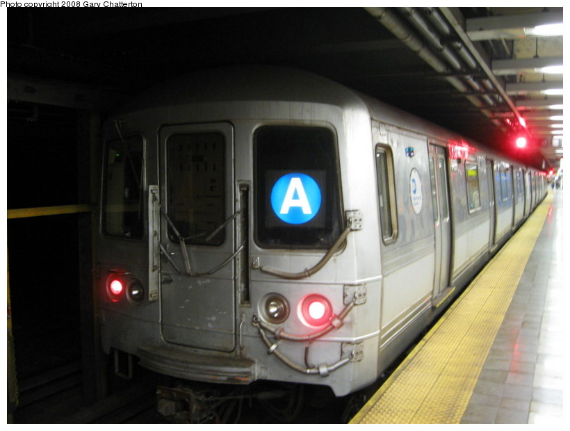 (105k, 820x620)<br><b>Country:</b> United States<br><b>City:</b> New York<br><b>System:</b> New York City Transit<br><b>Line:</b> IND 8th Avenue Line<br><b>Location:</b> Canal Street-Holland Tunnel <br><b>Route:</b> A<br><b>Car:</b> R-44 (St. Louis, 1971-73) 5456 <br><b>Photo by:</b> Gary Chatterton<br><b>Date:</b> 10/2/2008<br><b>Viewed (this week/total):</b> 1 / 1593