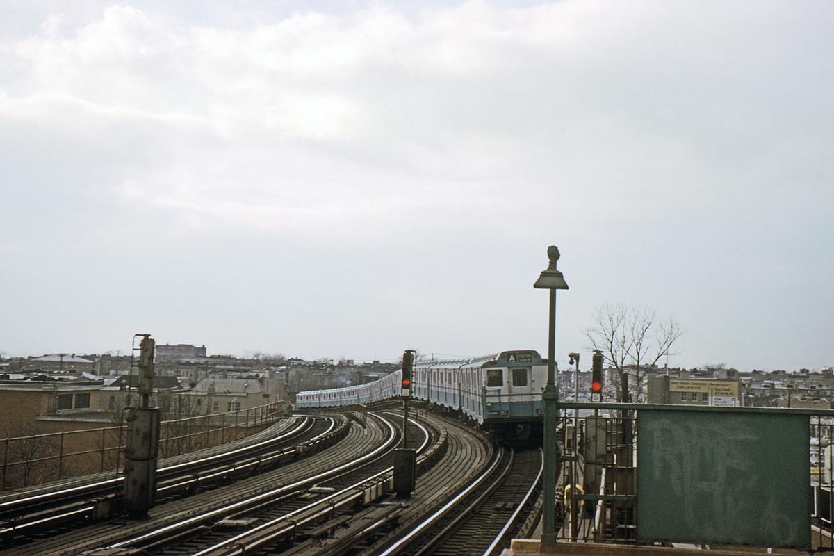 (306k, 1024x683)<br><b>Country:</b> United States<br><b>City:</b> New York<br><b>System:</b> New York City Transit<br><b>Line:</b> IND Fulton Street Line<br><b>Location:</b> 80th Street/Hudson Street <br><b>Route:</b> A<br><b>Car:</b> R-10 (American Car & Foundry, 1948)  <br><b>Collection of:</b> David Pirmann<br><b>Date:</b> 12/15/1965<br><b>Viewed (this week/total):</b> 0 / 3939