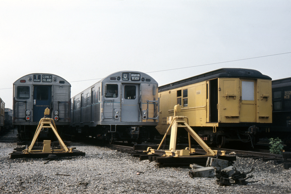 (376k, 1024x683)<br><b>Country:</b> United States<br><b>City:</b> New York<br><b>System:</b> New York City Transit<br><b>Location:</b> Coney Island Yard<br><b>Car:</b> R-38 (St. Louis, 1966-1967)   <br><b>Collection of:</b> David Pirmann<br><b>Viewed (this week/total):</b> 0 / 2796