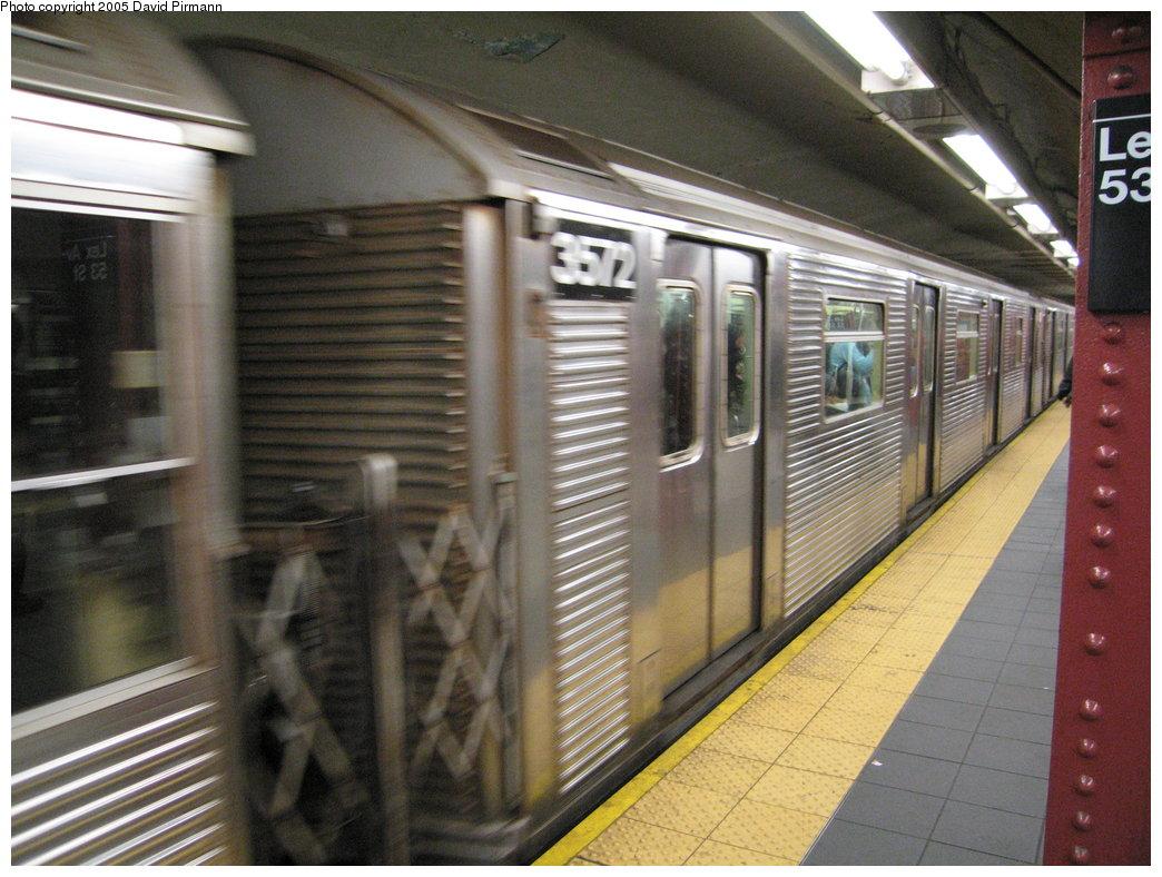 (191k, 1044x788)<br><b>Country:</b> United States<br><b>City:</b> New York<br><b>System:</b> New York City Transit<br><b>Line:</b> IND Queens Boulevard Line<br><b>Location:</b> Lexington Avenue-53rd Street <br><b>Route:</b> E<br><b>Car:</b> R-32 (Budd, 1964)  3572 <br><b>Photo by:</b> David Pirmann<br><b>Date:</b> 12/30/2005<br><b>Viewed (this week/total):</b> 2 / 3685