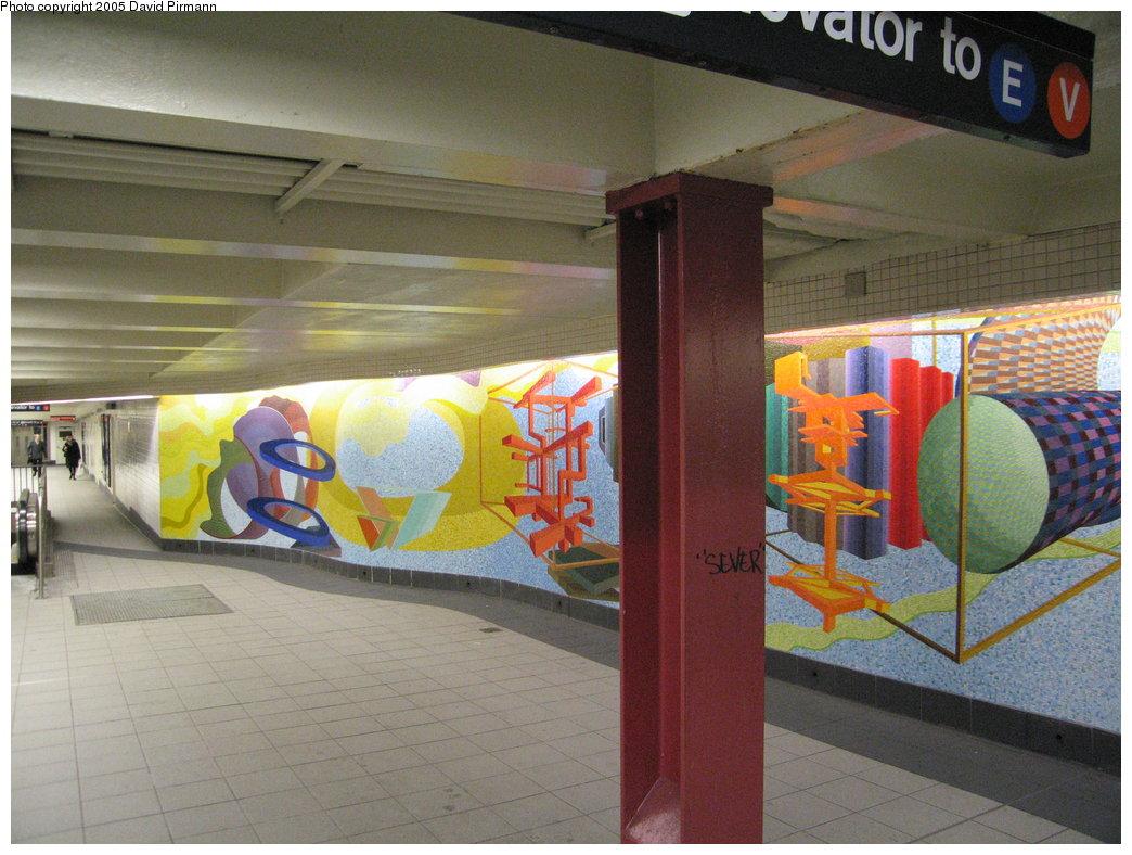 (186k, 1044x788)<br><b>Country:</b> United States<br><b>City:</b> New York<br><b>System:</b> New York City Transit<br><b>Location:</b> 51st-53rd & Lex IRT-IND Transfer<br><b>Photo by:</b> David Pirmann<br><b>Date:</b> 12/30/2005<br><b>Artwork:</b> <i>Passing Through</i>, Al Held (2004).<br><b>Viewed (this week/total):</b> 2 / 2445