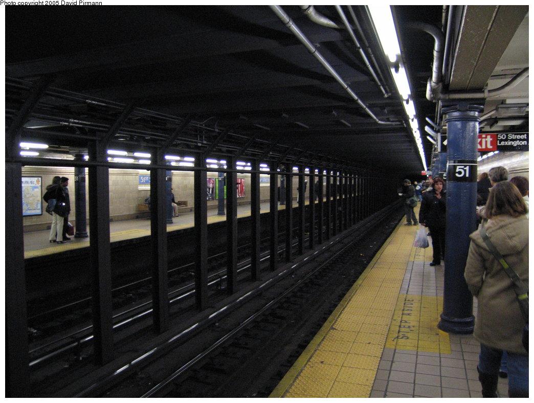 (176k, 1044x788)<br><b>Country:</b> United States<br><b>City:</b> New York<br><b>System:</b> New York City Transit<br><b>Line:</b> IRT East Side Line<br><b>Location:</b> 51st Street <br><b>Photo by:</b> David Pirmann<br><b>Date:</b> 12/30/2005<br><b>Viewed (this week/total):</b> 0 / 2731