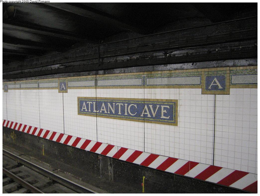 (172k, 1044x788)<br><b>Country:</b> United States<br><b>City:</b> New York<br><b>System:</b> New York City Transit<br><b>Line:</b> BMT Brighton Line<br><b>Location:</b> Atlantic Avenue <br><b>Photo by:</b> David Pirmann<br><b>Date:</b> 12/30/2005<br><b>Viewed (this week/total):</b> 1 / 2685