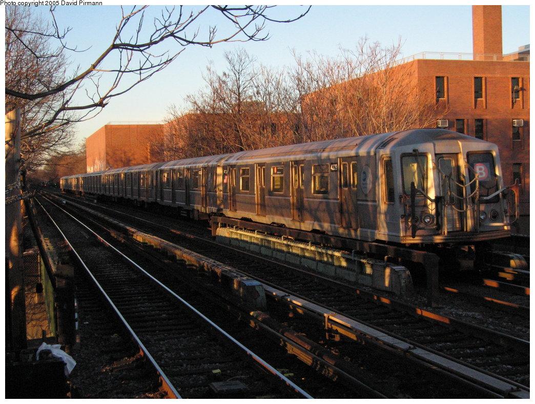 (232k, 1044x788)<br><b>Country:</b> United States<br><b>City:</b> New York<br><b>System:</b> New York City Transit<br><b>Line:</b> BMT Brighton Line<br><b>Location:</b> Avenue M <br><b>Route:</b> B<br><b>Car:</b> R-40 (St. Louis, 1968)  4339 <br><b>Photo by:</b> David Pirmann<br><b>Date:</b> 12/30/2005<br><b>Viewed (this week/total):</b> 0 / 3111