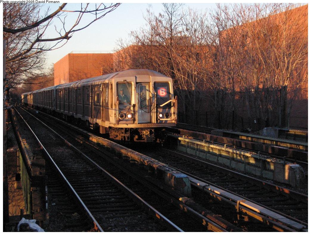 (248k, 1044x788)<br><b>Country:</b> United States<br><b>City:</b> New York<br><b>System:</b> New York City Transit<br><b>Line:</b> BMT Brighton Line<br><b>Location:</b> Avenue M <br><b>Route:</b> B<br><b>Car:</b> R-40 (St. Louis, 1968)  4327 <br><b>Photo by:</b> David Pirmann<br><b>Date:</b> 12/30/2005<br><b>Viewed (this week/total):</b> 1 / 3439