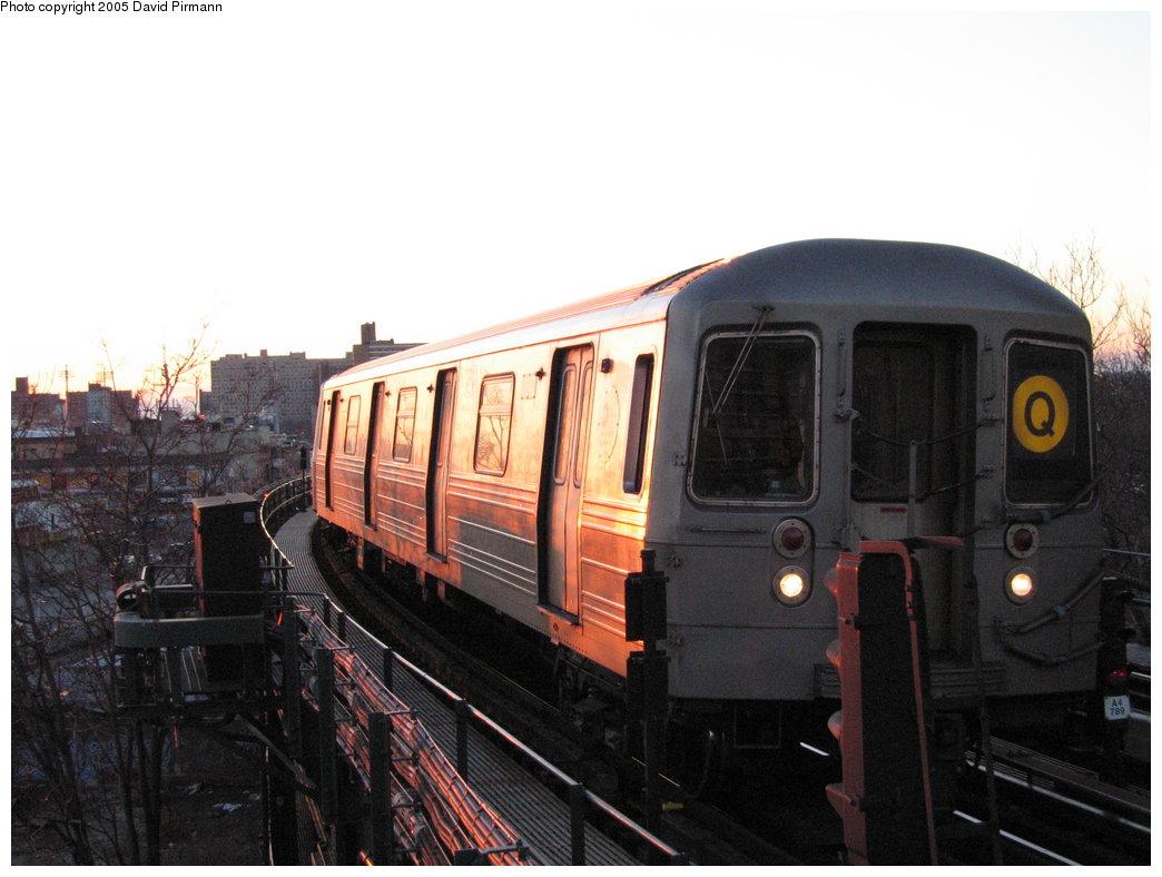 (147k, 1044x788)<br><b>Country:</b> United States<br><b>City:</b> New York<br><b>System:</b> New York City Transit<br><b>Line:</b> BMT Brighton Line<br><b>Location:</b> West 8th Street <br><b>Route:</b> Q<br><b>Car:</b> R-68 (Westinghouse-Amrail, 1986-1988)  2842 <br><b>Photo by:</b> David Pirmann<br><b>Date:</b> 12/30/2005<br><b>Viewed (this week/total):</b> 0 / 2535