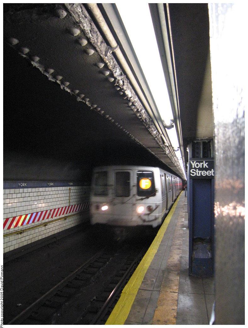 (170k, 788x1044)<br><b>Country:</b> United States<br><b>City:</b> New York<br><b>System:</b> New York City Transit<br><b>Line:</b> IND 6th Avenue Line<br><b>Location:</b> York Street <br><b>Route:</b> F<br><b>Car:</b> R-46 (Pullman-Standard, 1974-75) 5880 <br><b>Photo by:</b> Richard Panse<br><b>Date:</b> 12/30/2005<br><b>Viewed (this week/total):</b> 1 / 5537