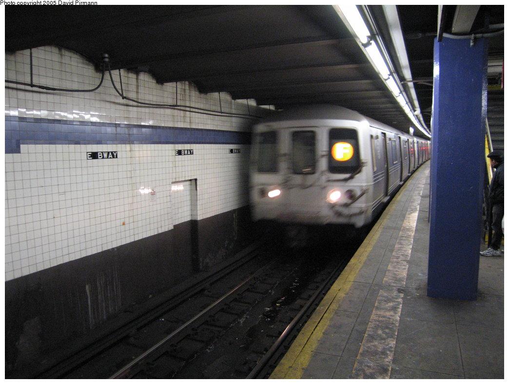 (167k, 1044x788)<br><b>Country:</b> United States<br><b>City:</b> New York<br><b>System:</b> New York City Transit<br><b>Line:</b> IND 6th Avenue Line<br><b>Location:</b> East Broadway <br><b>Route:</b> F<br><b>Car:</b> R-46 (Pullman-Standard, 1974-75)  <br><b>Photo by:</b> David Pirmann<br><b>Date:</b> 12/30/2005<br><b>Viewed (this week/total):</b> 1 / 3878