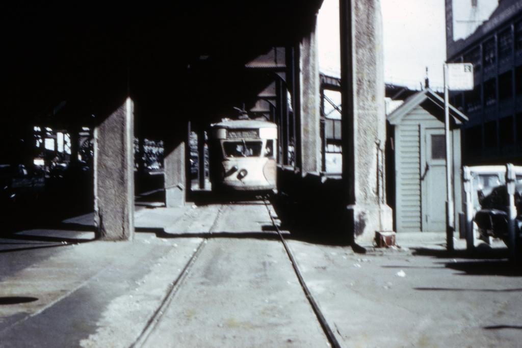 (173k, 1024x695)<br><b>Country:</b> United States<br><b>City:</b> New York<br><b>System:</b> Queensborough Bridge Railway<br><b>Location:</b> Queensborough Plaza <br><b>Collection of:</b> David Pirmann<br><b>Viewed (this week/total):</b> 4 / 3908