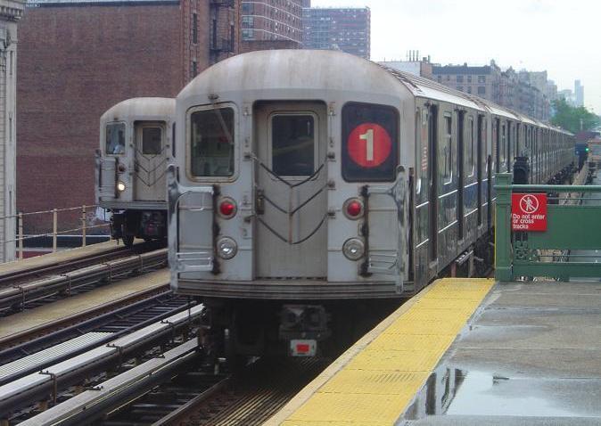 (61k, 674x478)<br><b>Country:</b> United States<br><b>City:</b> New York<br><b>System:</b> New York City Transit<br><b>Line:</b> IRT West Side Line<br><b>Location:</b> 125th Street <br><b>Route:</b> 1<br><b>Car:</b> R-62A (Bombardier, 1984-1987)   <br><b>Photo by:</b> Phillip Lee<br><b>Date:</b> 7/3/2005<br><b>Viewed (this week/total):</b> 0 / 2843