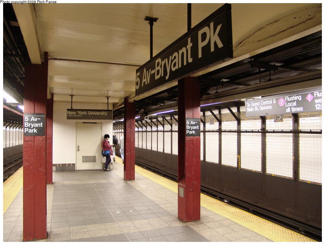 (202k, 1044x788)<br><b>Country:</b> United States<br><b>City:</b> New York<br><b>System:</b> New York City Transit<br><b>Line:</b> IRT Flushing Line<br><b>Location:</b> 5th Avenue <br><b>Photo by:</b> Richard Panse<br><b>Date:</b> 12/30/2005<br><b>Viewed (this week/total):</b> 0 / 3243