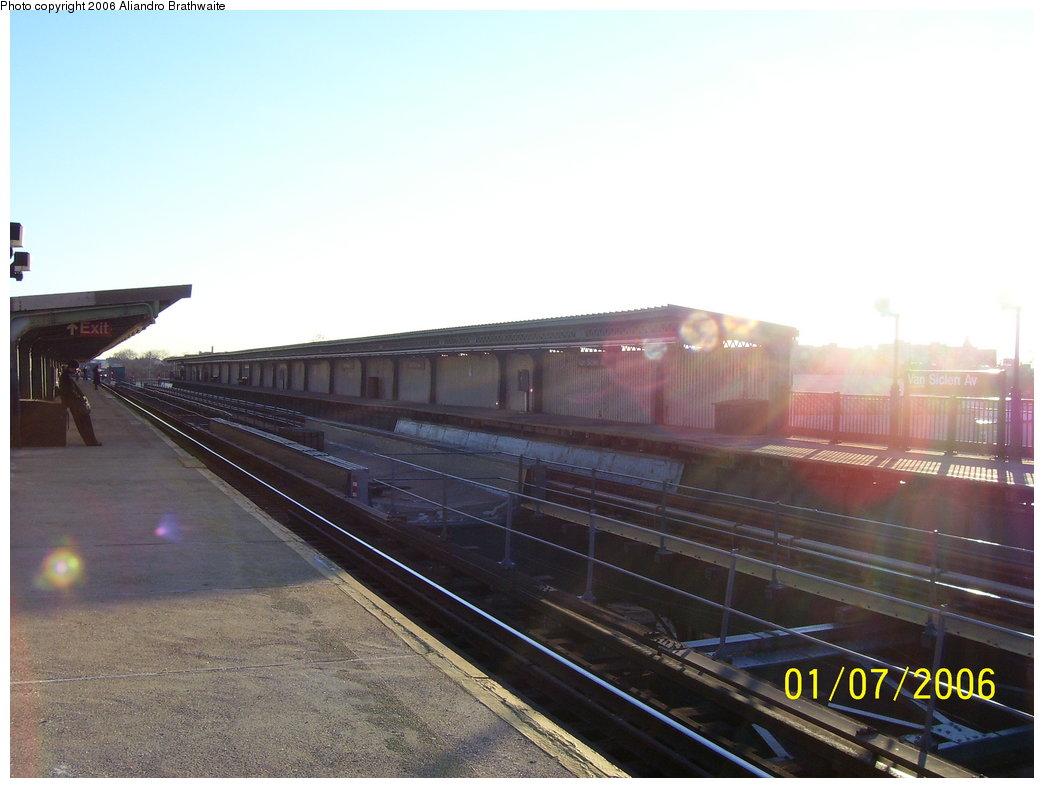 (139k, 1044x788)<br><b>Country:</b> United States<br><b>City:</b> New York<br><b>System:</b> New York City Transit<br><b>Line:</b> IRT Brooklyn Line<br><b>Location:</b> Van Siclen Avenue <br><b>Photo by:</b> Aliandro Brathwaite<br><b>Date:</b> 1/7/2006<br><b>Viewed (this week/total):</b> 1 / 1993
