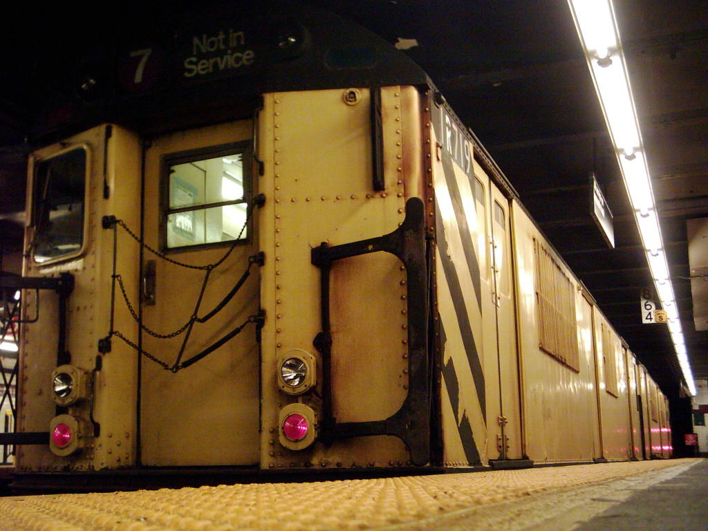 (129k, 1024x768)<br><b>Country:</b> United States<br><b>City:</b> New York<br><b>System:</b> New York City Transit<br><b>Line:</b> IND Crosstown Line<br><b>Location:</b> Church Avenue <br><b>Route:</b> Work Service<br><b>Car:</b> R-95 Locker Car (Revenue Train) 1R719/0R719 <br><b>Photo by:</b> Michael Hodurski<br><b>Date:</b> 11/2/2005<br><b>Viewed (this week/total):</b> 0 / 3155