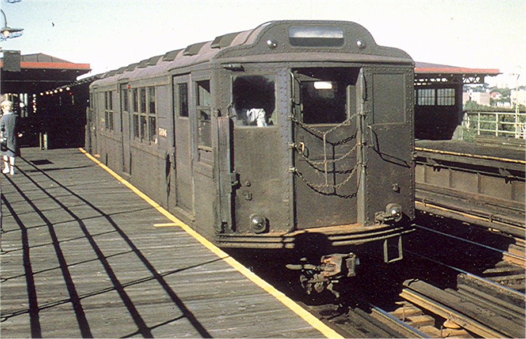 (184k, 1024x661)<br><b>Country:</b> United States<br><b>City:</b> New York<br><b>System:</b> New York City Transit<br><b>Line:</b> 3rd Avenue El<br><b>Location:</b> 210th Street <br><b>Route:</b> 8<br><b>Car:</b> Low-V Worlds Fair 5694 <br><b>Collection of:</b> Joe Testagrose<br><b>Viewed (this week/total):</b> 4 / 2848