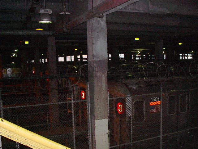 (92k, 640x480)<br><b>Country:</b> United States<br><b>City:</b> New York<br><b>System:</b> New York City Transit<br><b>Location:</b> Lenox/148th St. Yard<br><b>Photo by:</b> Bruce Fedow<br><b>Date:</b> 1/19/2006<br><b>Viewed (this week/total):</b> 2 / 6024