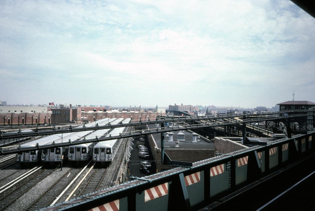 (245k, 1024x687)<br><b>Country:</b> United States<br><b>City:</b> New York<br><b>System:</b> New York City Transit<br><b>Location:</b> East New York Yard/Shops<br><b>Photo by:</b> Chris Leverett<br><b>Date:</b> 3/8/1998<br><b>Viewed (this week/total):</b> 0 / 1872