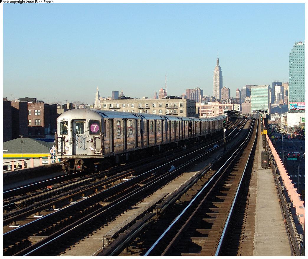 (261k, 1044x876)<br><b>Country:</b> United States<br><b>City:</b> New York<br><b>System:</b> New York City Transit<br><b>Line:</b> IRT Flushing Line<br><b>Location:</b> 46th Street/Bliss Street <br><b>Route:</b> 7<br><b>Car:</b> R-62A (Bombardier, 1984-1987)   <br><b>Photo by:</b> Richard Panse<br><b>Date:</b> 1/27/2006<br><b>Viewed (this week/total):</b> 0 / 2319