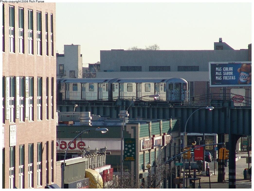 (200k, 1044x788)<br><b>Country:</b> United States<br><b>City:</b> New York<br><b>System:</b> New York City Transit<br><b>Line:</b> IRT Flushing Line<br><b>Location:</b> 46th Street/Bliss Street <br><b>Route:</b> 7<br><b>Car:</b> R-62A (Bombardier, 1984-1987)   <br><b>Photo by:</b> Richard Panse<br><b>Date:</b> 1/27/2006<br><b>Viewed (this week/total):</b> 1 / 3562