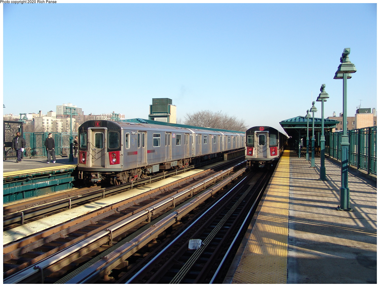 (264k, 1044x788)<br><b>Country:</b> United States<br><b>City:</b> New York<br><b>System:</b> New York City Transit<br><b>Line:</b> IRT Woodlawn Line<br><b>Location:</b> 161st Street/River Avenue (Yankee Stadium) <br><b>Route:</b> 4<br><b>Car:</b> R-142 (Option Order, Bombardier, 2002-2003)  7091 <br><b>Photo by:</b> Richard Panse<br><b>Date:</b> 1/24/2006<br><b>Viewed (this week/total):</b> 3 / 4212