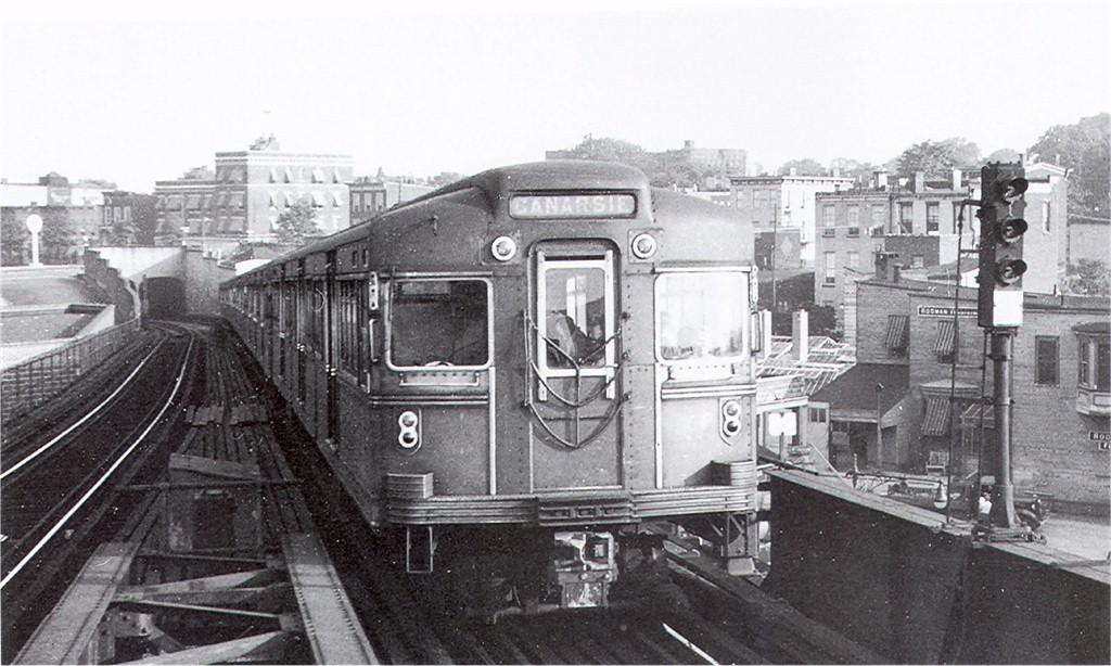 (182k, 1024x614)<br><b>Country:</b> United States<br><b>City:</b> New York<br><b>System:</b> New York City Transit<br><b>Line:</b> BMT Canarsie Line<br><b>Location:</b> Broadway Junction <br><b>Car:</b> BMT Bluebird  <br><b>Collection of:</b> Joe Testagrose<br><b>Viewed (this week/total):</b> 0 / 2796